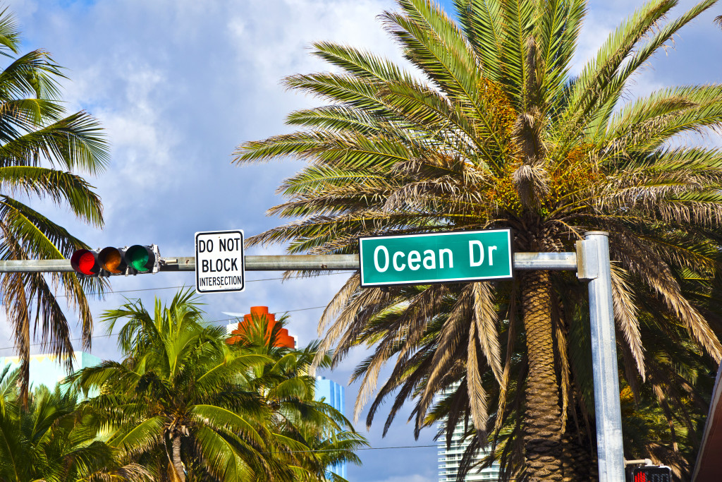 Street Sign Ocean Drive Of Famous South Miami Art Deco