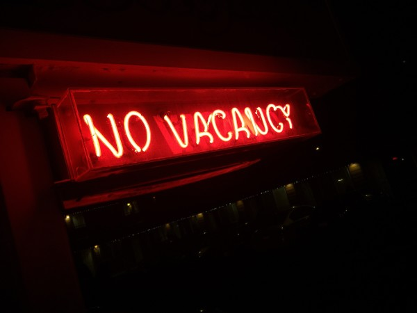 No Vacancy Neon Sign Glowing In the Night.